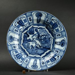 A 17th Century Dutch Delft Dish in the Kraak Style - Robert McPherson Antiques - 25920