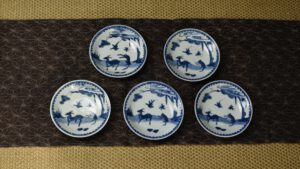 A Ming Porcelain Dish From The Peony Pavilion Collection - Robert McPherson Antiques -